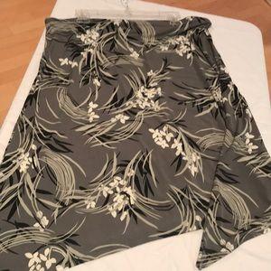 Merona Skirts - Grey print skirt